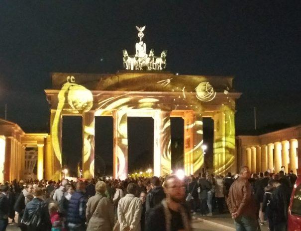שער ברנדנבורג - פסטיבל האורות - הטיולים של נדב בברלין